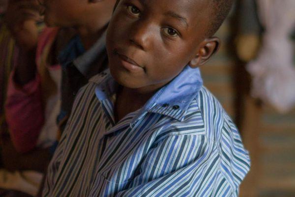 kenya-people-img-08628063E582-1CA8-6218-732F-95CD8F606BD3.jpg