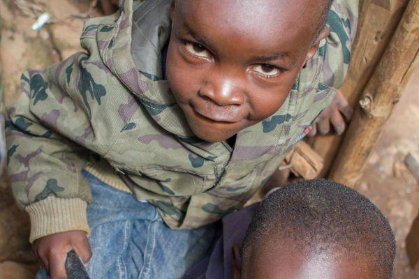 kenya-people-img-09877E75CAC3-4A92-EC78-010F-14EDB28877AA.jpg
