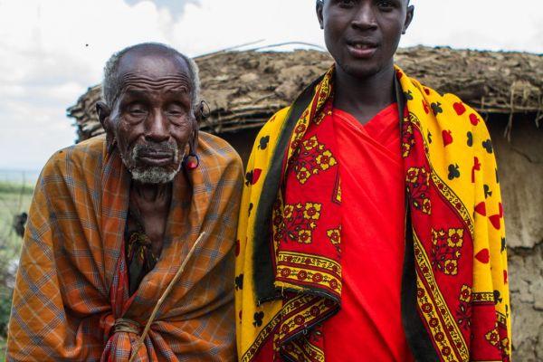 kenya-people-masai-img-0684C8E1C7AC-AE83-4141-6DDE-6F46BE848A58.jpg