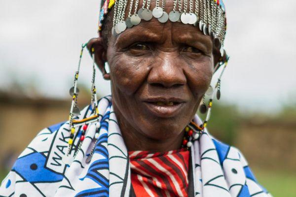 kenya-people-masai-img-0686C9280AA7-379B-A3BA-D7F8-37C279EB1459.jpg