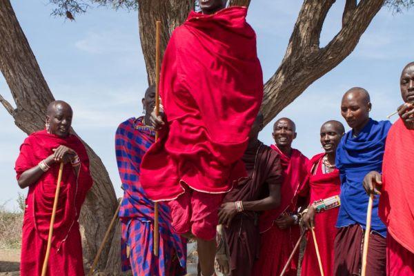 kenya-people-masai-img-11582933CB54-24DF-9192-D57D-1616ADE6FAAB.jpg