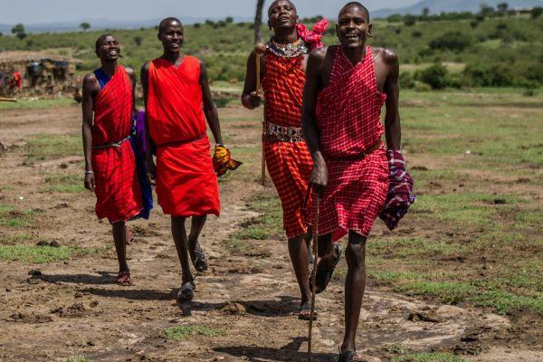 kenya-people-masai-img-053865EBA3EF-B39E-3524-9D40-4BBEBACF29EB.jpg