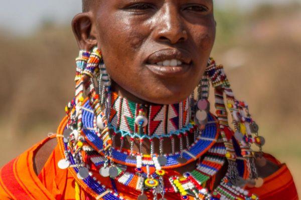 kenya-people-masai-img-116171AC5035-E87A-498B-BCBA-6E8A09DBB215.jpg
